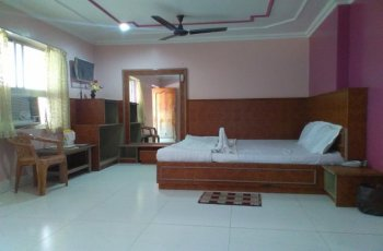 Hotel Mayur(Standard Double bed Non Ac)