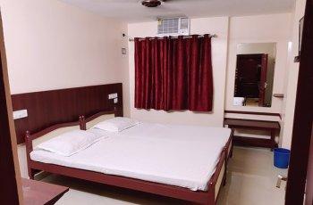 Hotel Rajdhani(Standard Ac )