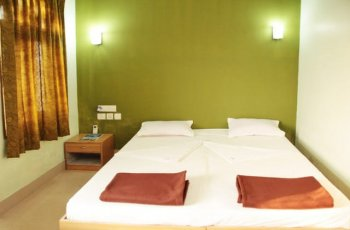 Hotel Santana(Dormitory)
