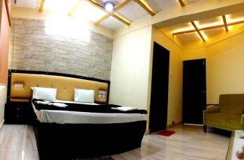 Hotel Sonar Tori(Deluxe Ac Room )