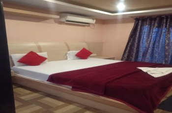 Hotel Kalinga(Deluxe Ac Room )